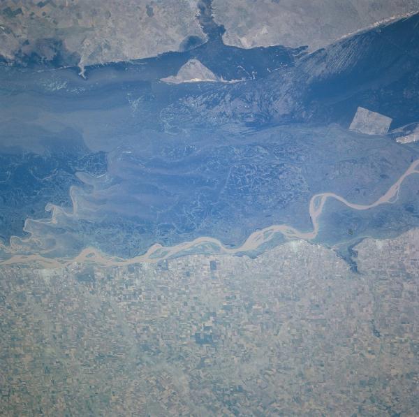 Satellite de la rivière paraná rivière paraná rivière paraná